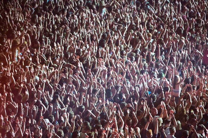 READING FESTIVAL NEWS: Hands up who's finished their exams and can't wait for Reading?!?…