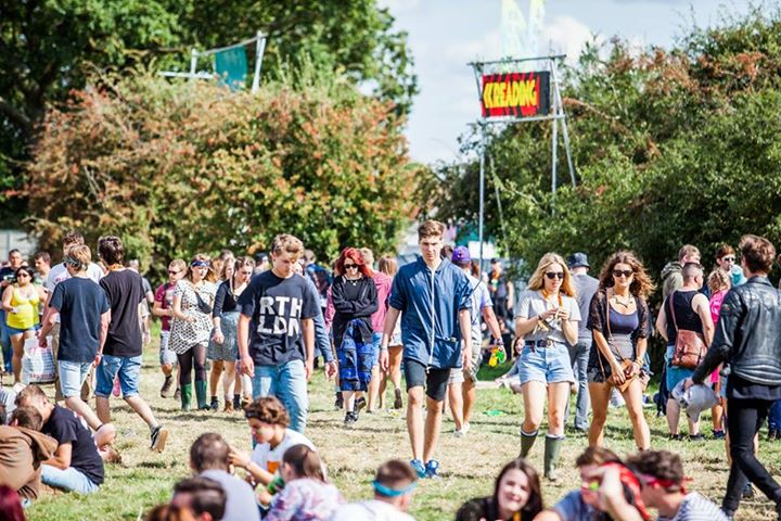 This way to Reading '16