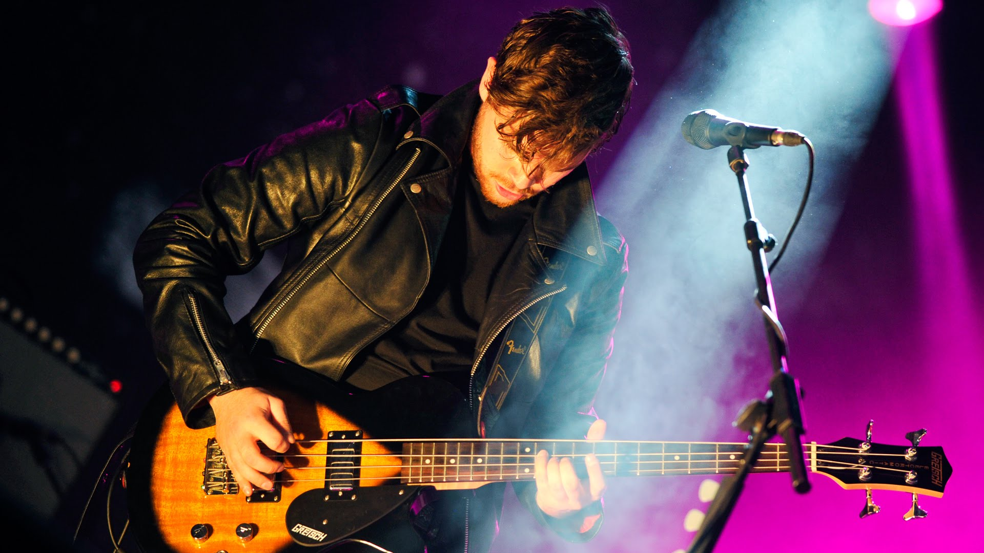 Today is a Royal Blood kind of day.Royal Blood perform Little Monster at Reading…