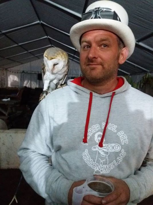 Farmer Phil's festival news: Owl and ted. Normal
