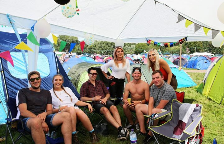 READING FESTIVAL NEWS: Who's missing️ their camping crew?  …