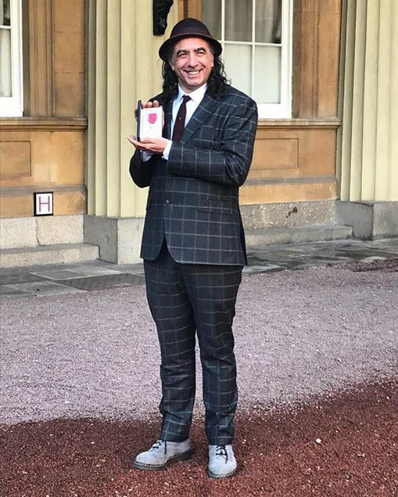 Bestival news: Massive big ups to DJ Chris Tofu who picked up his MBE at the palace yesterday! …