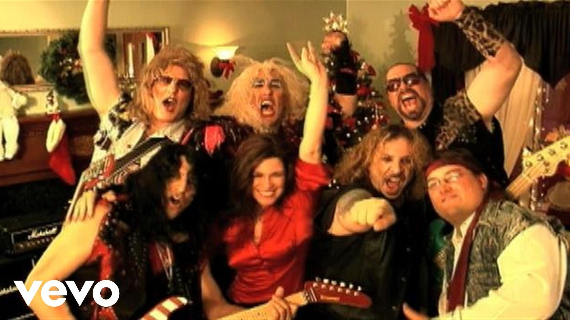 Bloodstock news: Hope everyones have a really TWISTED CHRISTMAS!  video by Twisted Sister perform…