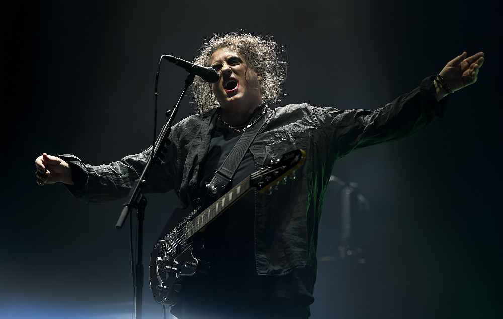 NME Festival blog: The Cure's Robert Smith announced as