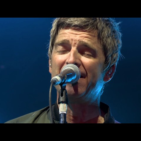 Noel Gallagher's High Flying Birds // Don't Look Back in Anger