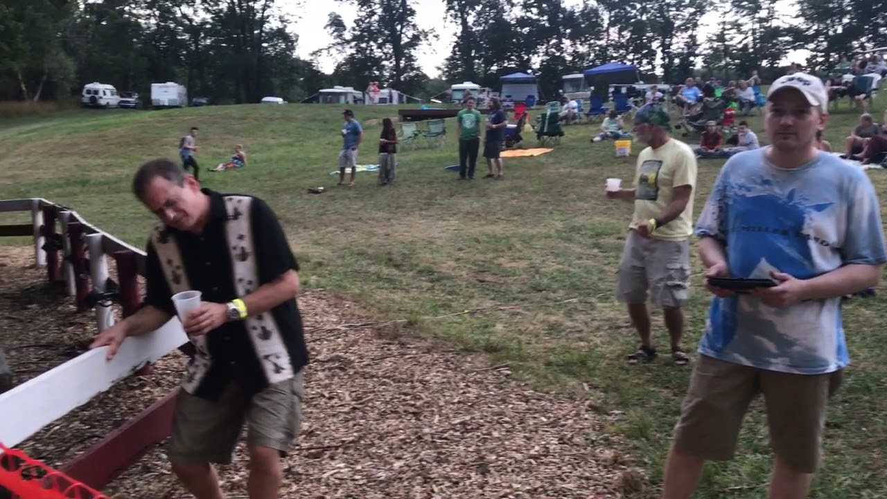 FESTIVAL HIGHLIGHTS: Cowpie Music Festival 2017: Day 1 Highlights