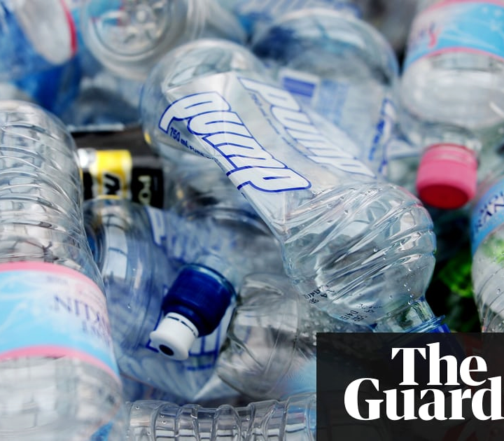 Independent British festivals commit to banning plastic bottles and straws by 2021