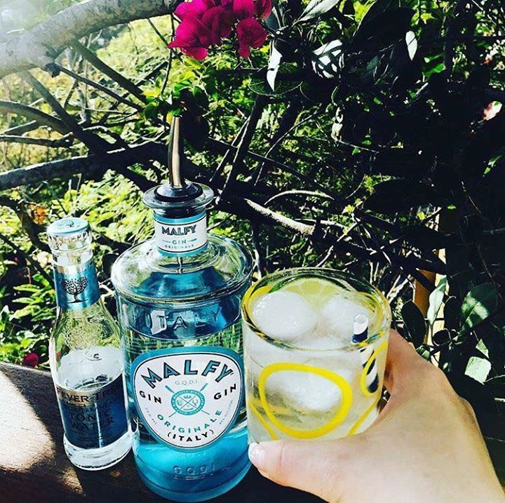 Common People (Southampton) news : Enjoy over 15 street food stalls and a wonderful range of Cocktails, World Gins …