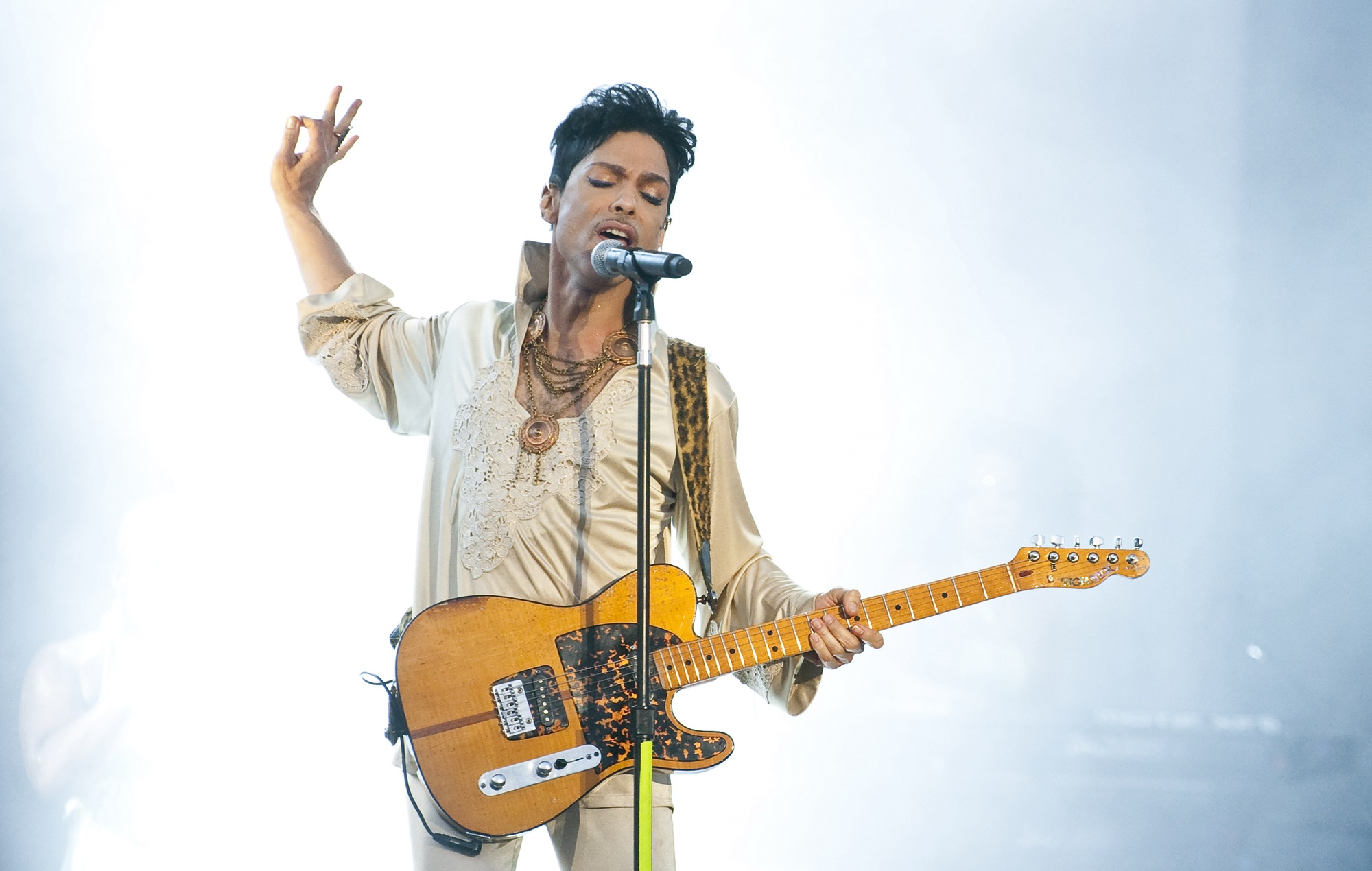 NME Festival blog: Prince awarded posthumous honorary degree from the University of Minnesota