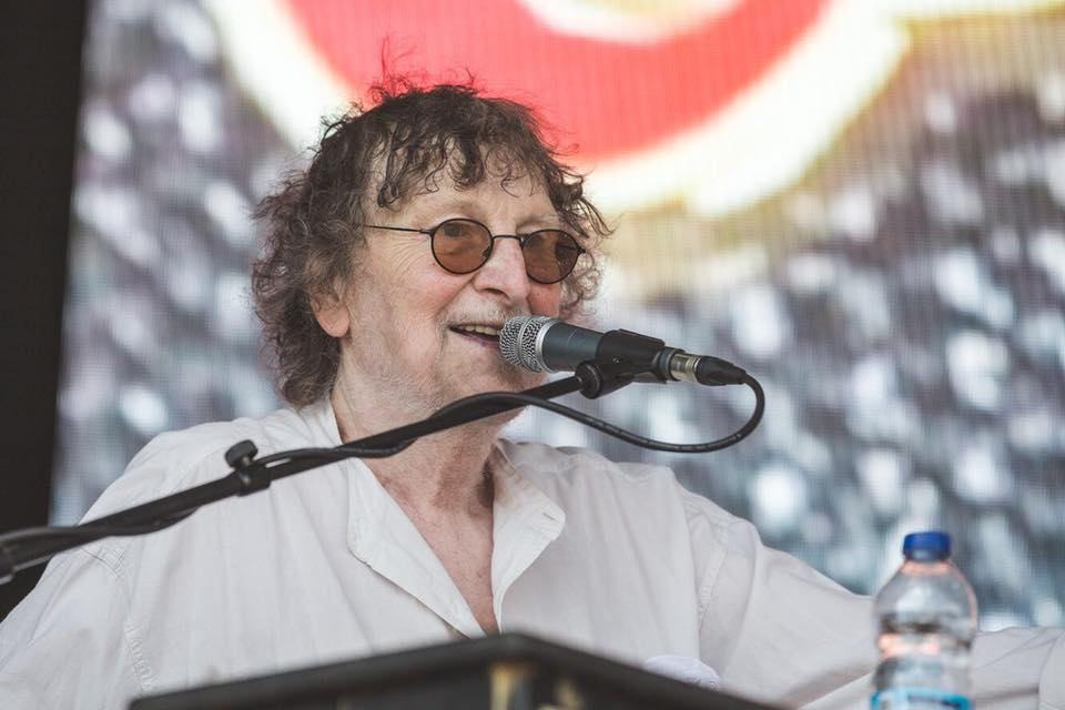 Barclaycard British Summertime news: We are deeply saddened to hear that Chas Hodges has passed away. It was an absol…