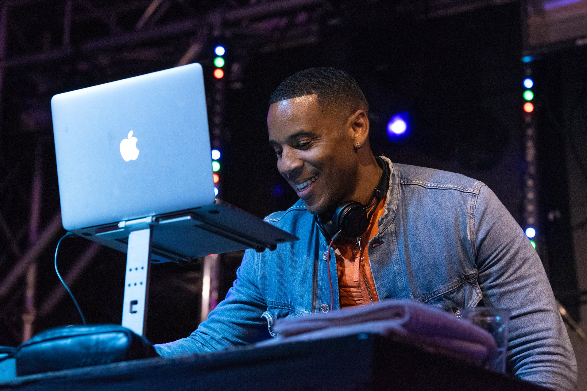 Eklectica FESTIVAL NEWS: Reggie Yates has hit the Outwoods stage here at #Eklectica2018!