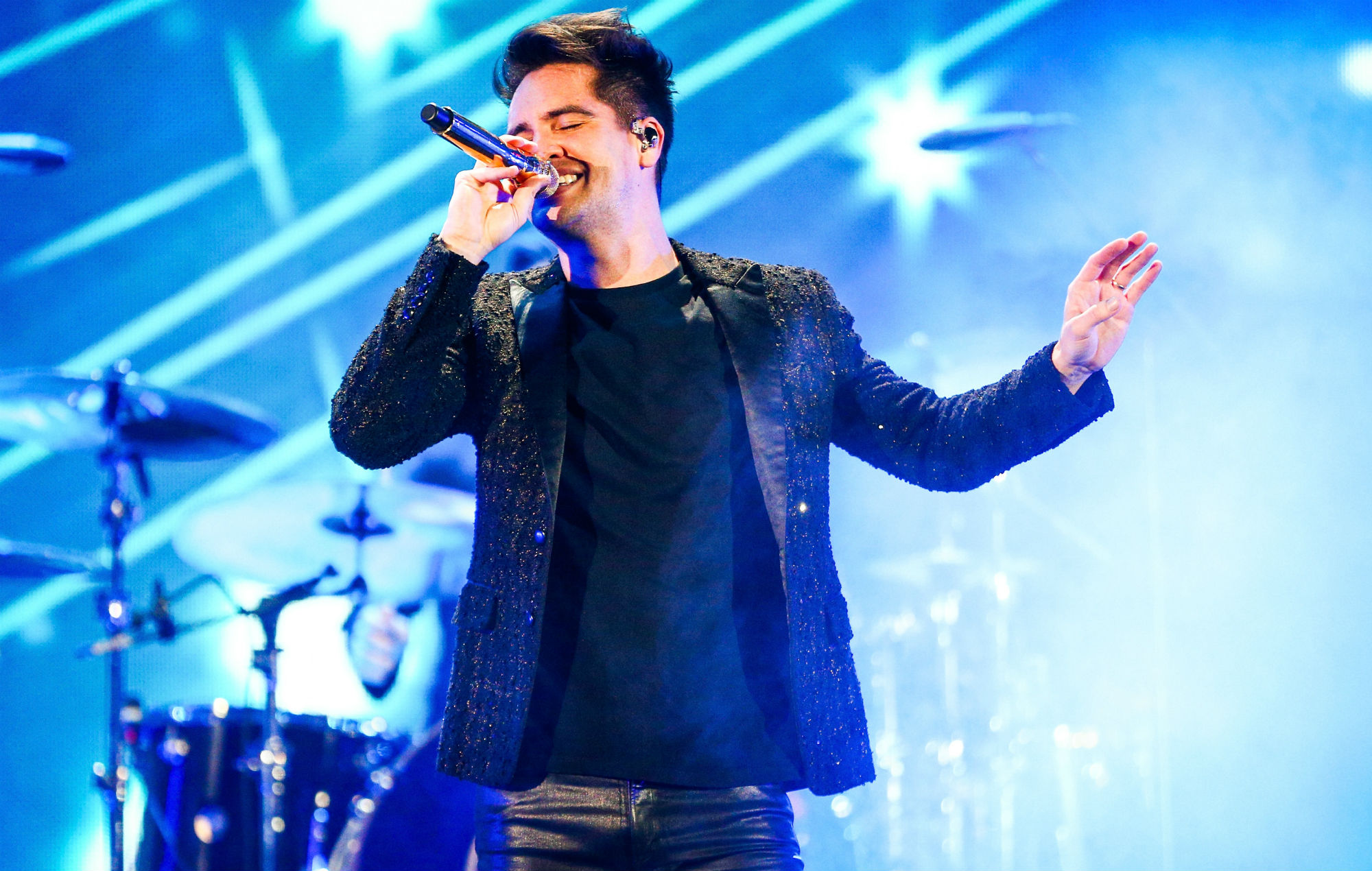 NME Festival blog: Watch Panic! At The Disco's stunning 'Bohemian Rhapsody' cover at the American Music Awards