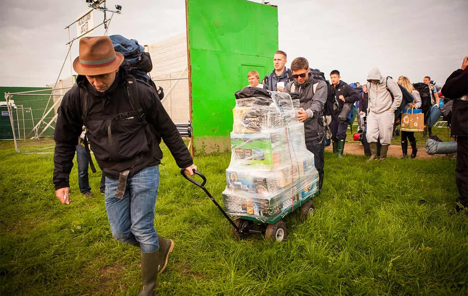 REDDIT FESTIVAL NEWS The ultimate Glastonbury Festival packing list: One List to Rule Them All