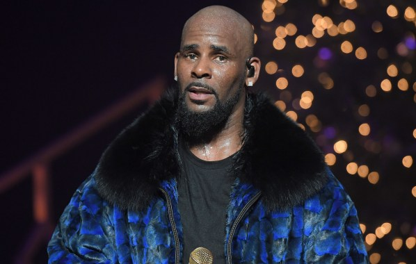 NME Festival blog: R Kelly has a new album and is hoping someone will release it