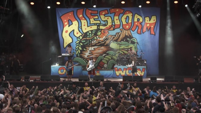 Bloodstock news: ALESTORM – Fucked With An Anchor – Bloodstock 2018