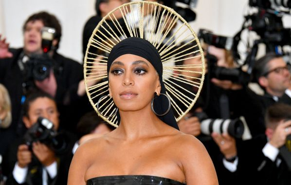 NME Festival blog: Solange launches mysterious social media site amid new album speculation