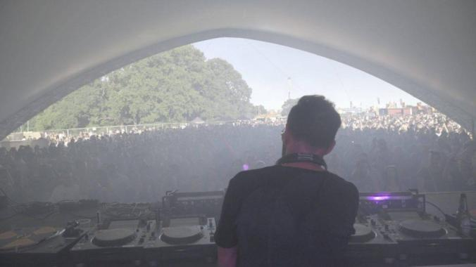 Eastern Electrics news : DJ Steve Lawler dropping bombs back in 2017, he returns for 2019 on the Main Sta…