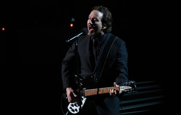 NME Festival blog: Watch Eddie Vedder cover 'Maybe It's Time' from 'A Star Is Born'