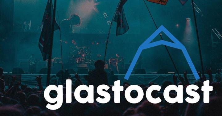 REDDIT FESTIVAL NEWS Hi! We started an (unofficial) Glastonbury Festival Podcast and we'd love some Reddit opinions! If you have the time, please give it a listen!
