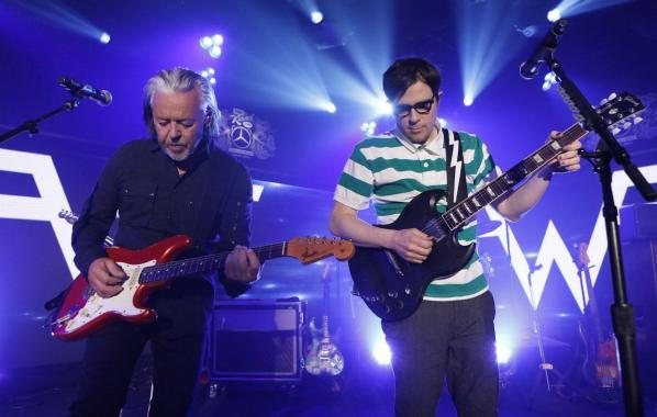NME Festival blog: Watch Weezer team up with Tears For Fears to perform 'Everybody Wants To Rule The World'