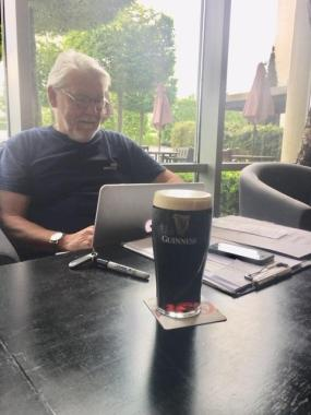 Cropredy news : Mr Nicol sets up a temporary FC office in Dublin with a pint of 'plain'….