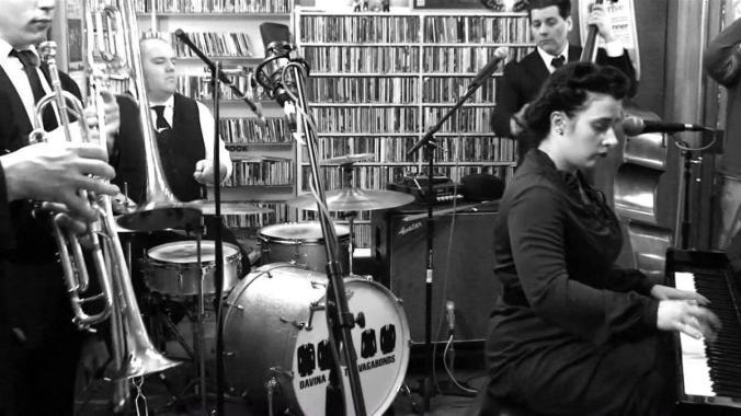 "Edinburgh Jazz and Blues Festival news : Davina and The Vagabonds: ""Little Miss Moonshine"" – Art Track"