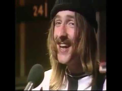 Farmer Phil's festival news: Lindisfarne _ Fog on the Tyne live 1971