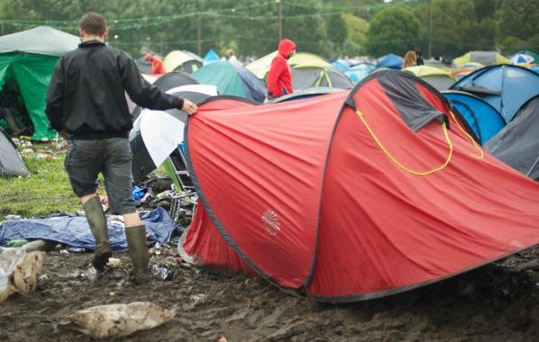 NME Festival blog: Festivals urge shops to stop selling 'single-use' tents