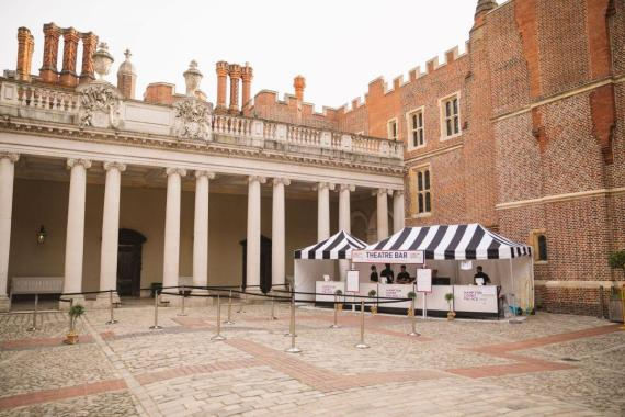 Hampton Court Festival news : Feeling thirsty? Pre-purchase your drinks tokens at the Garden Bar for faster se…