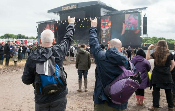 NME Festival blog: Watch Download Festival fans bow down to 'The Mud King'