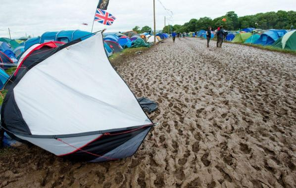 """NME Festival blog: After torrential """"biblical"""" rain, it's a pretty wet and muddy scene up at Download Festival 2019"""