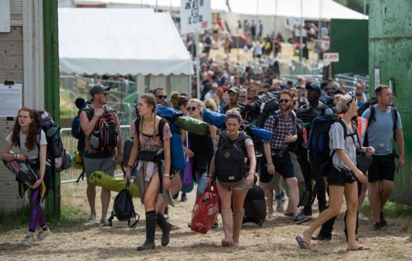 NME Festival blog: Glastonbury-goers will supposedly walk nearly 30 miles over the entire weekend, and phone home three times a day