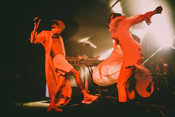The Great Escape news: Confidence Man brought some serious party vibes to the TGE19 beach site…
