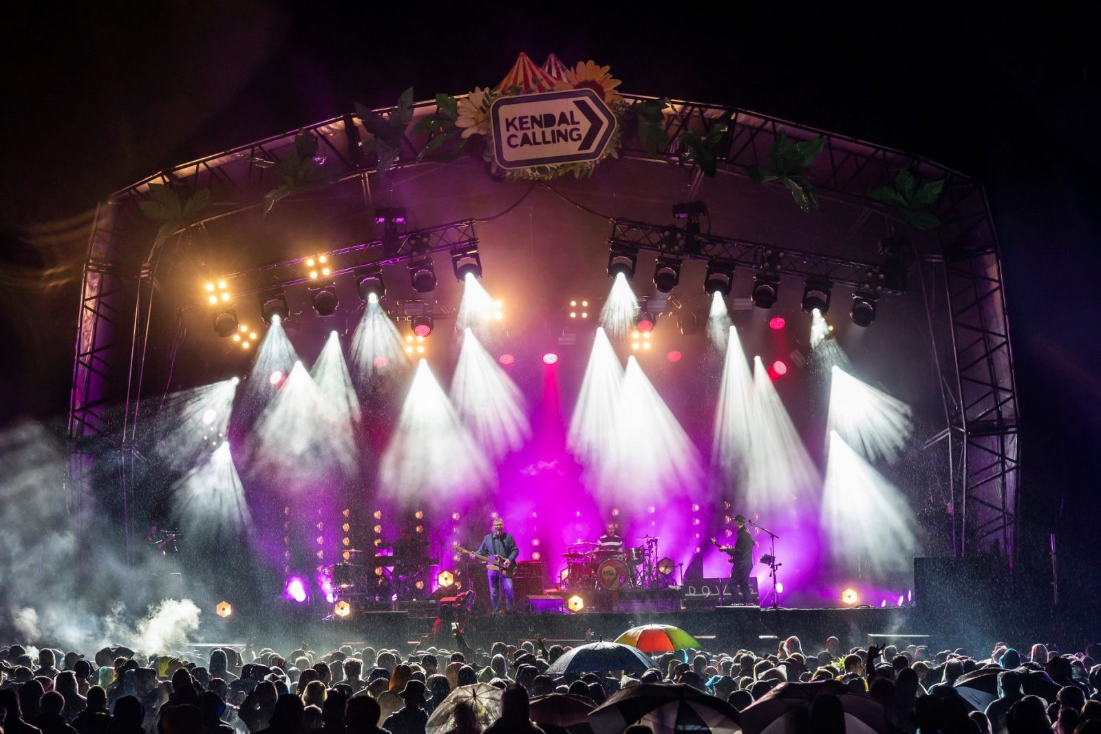 Doves made their triumphant comeback to our Main Stage, playing a blistering set...