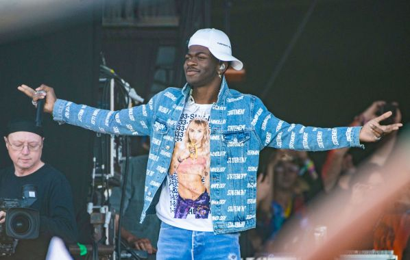 "NME Festival blog: ""It's literally about horses"" – Lil Nas X responds to fans claiming 'Old Town Road' is about gay sex"