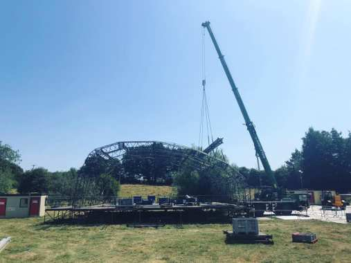 STANDON CALLING news: Any guesses as to what's happening here then