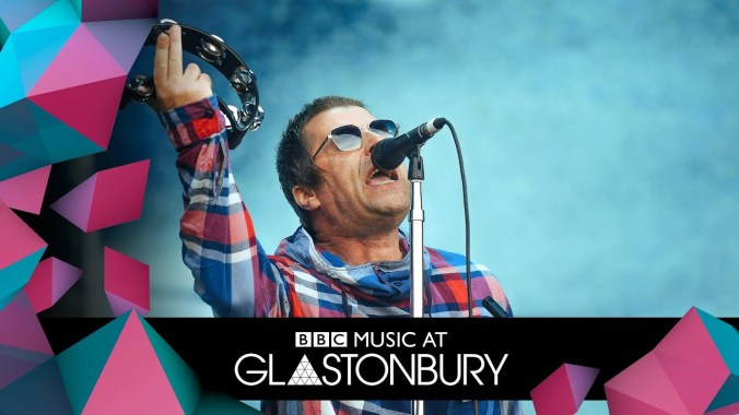 FESTIVAL HIGHLIGHTS: Liam Gallagher – Roll With It (Glastonbury 2019)