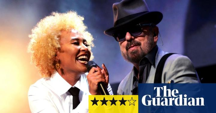 The Guardian festival blog: Eurythmics Songbook review – sweet dreams of synthpop heaven | Music