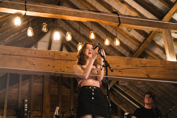 Barn on the Farm news: One of our absolute favourites Maisie Peters is playing two HUGE shows in Novemb…