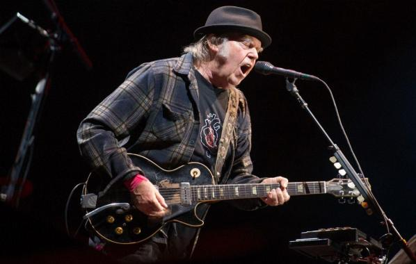 NME Festival blog: Neil Young and Crazy Horse announce new song, 'Rainbow of Colors', out later this month