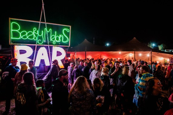 STANDON CALLING news: Who spent time in our micro venues this year – Beefy Melons and The People's Fro…